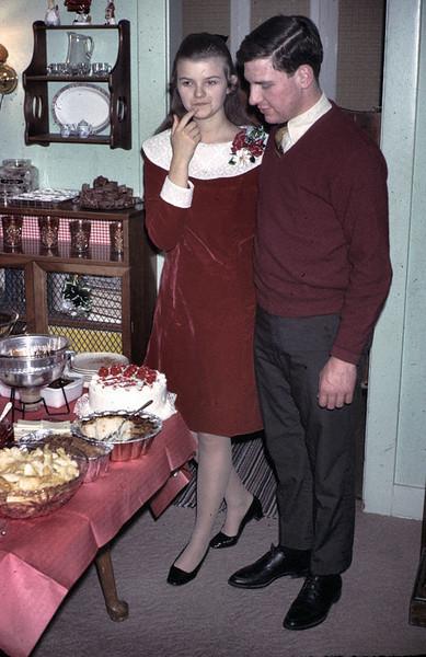 19671224_mike_and_linda