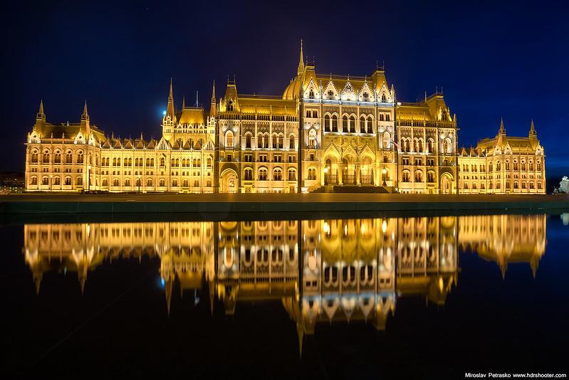 Budapest_DSC5230-web.jpg