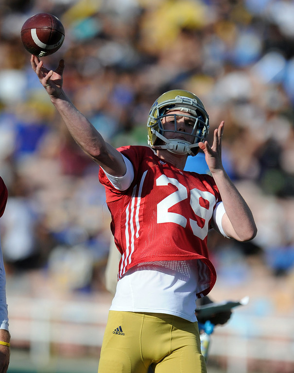 . \\UCLA quarterback Jake Hall (29) during the football spring showcase college football game in the Rose Bowl on Saturday, April 27, 2013 in Pasadena, Calif.    (Keith Birmingham Pasadena Star-News)