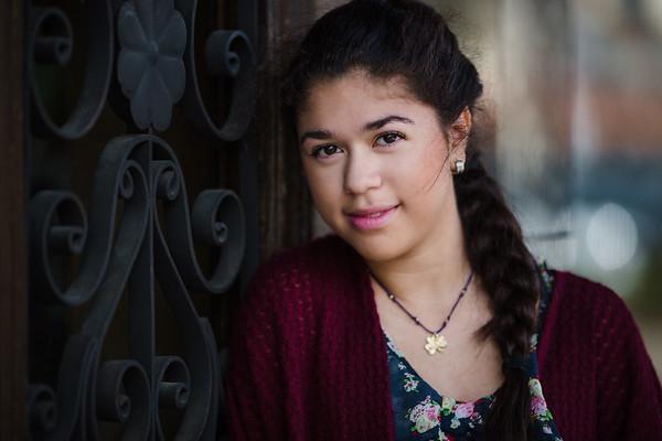 Daniela | CRHS Senior