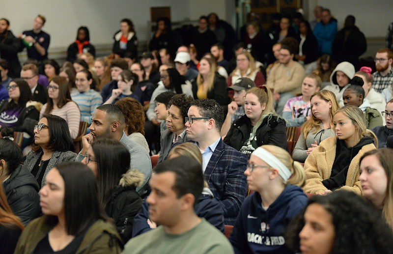 Crowd.MarchForHumanityProgram.color.386.jpg