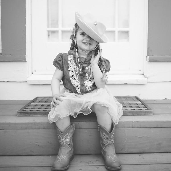Isabella Cowgirl.jpg