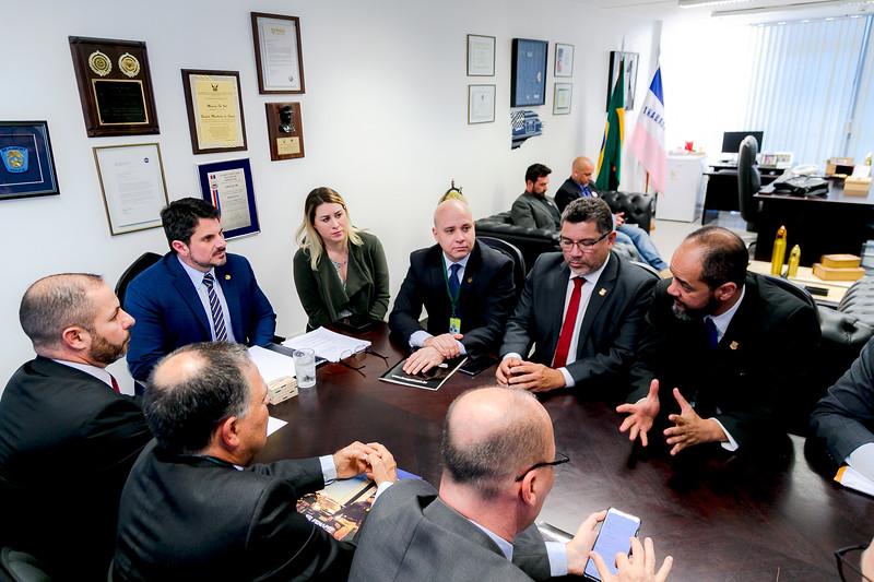 27082019_representantes da FENAPEF,FENAPRF e SINPOL DF_Senador Marcos do Val_Foto Felipe Menezes_03.jpg