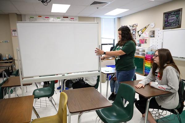 HS-Callan mobile whiteboards from MRTF grant