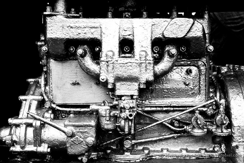 Woodget-140609-408--black and white, motor, silver - dominant color.jpg