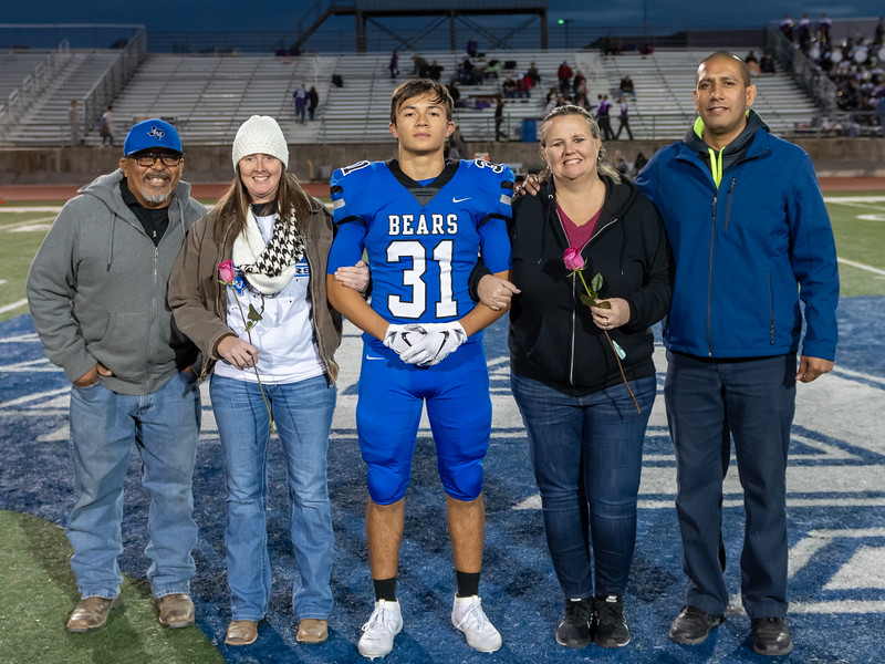LV2019_SeniorNight-15.jpg