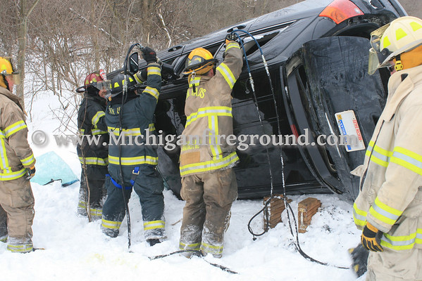 3/4/14 - Eaton Rapids Twp extrication, Island Hwy west of Gunnell