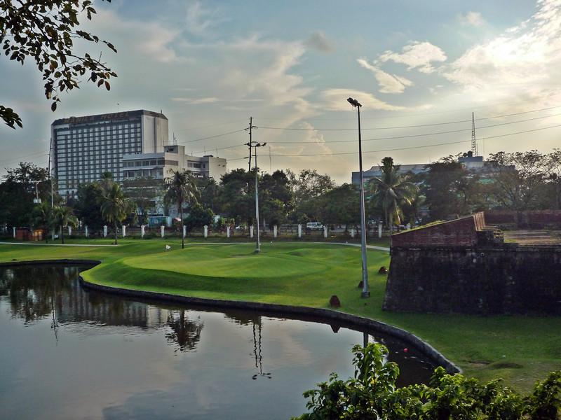 b manila golf.JPG