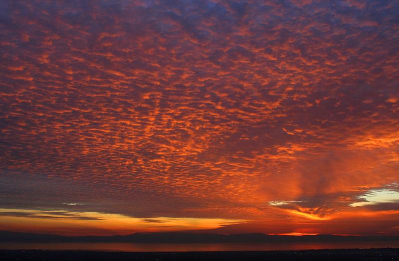 2085 Sunset.jpg