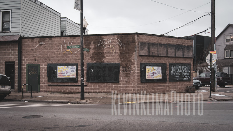 Ronny's  (closed)