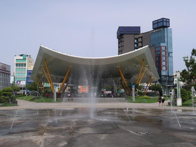 IMG_9967-water-square.JPG
