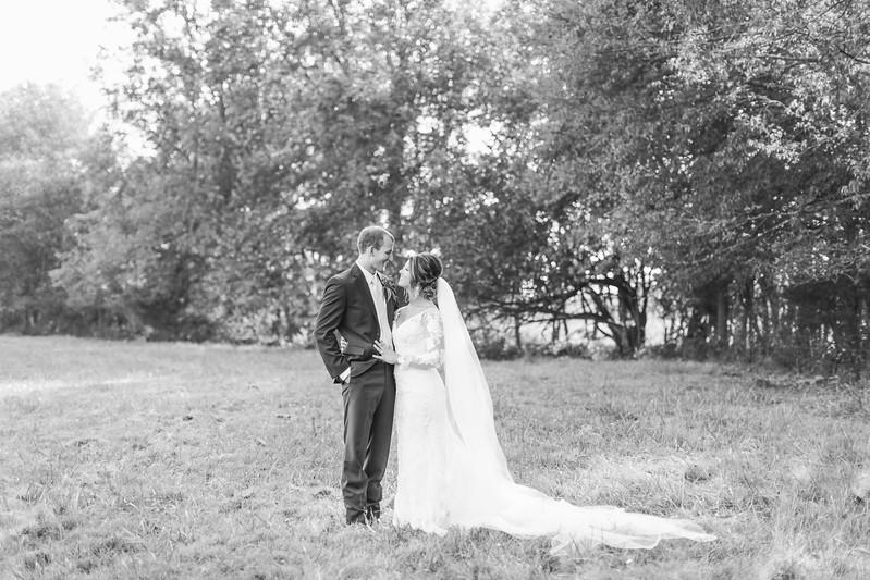 285_Aaron+Haden_WeddingBW.jpg