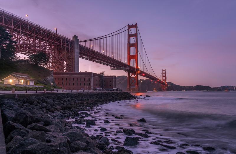 20200309_TL Golden Gate Noche Luna_EEG8555.jpg