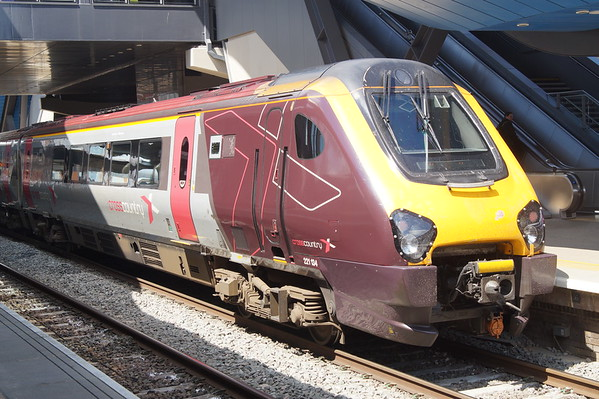 Cross-Country Trains 221 134 at Reading