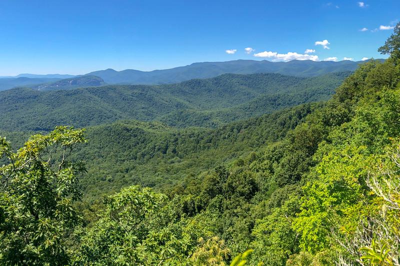 Black Mountain & Turkeypen Gap Trails  (10.6 miles; d=16.60)