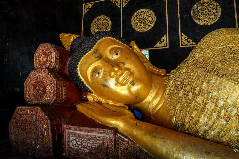 Wat Phra Singh Buddha Chiang Mai.jpg