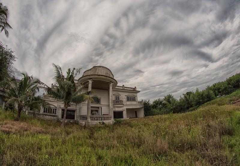 AbandonedMansdw13.jpg