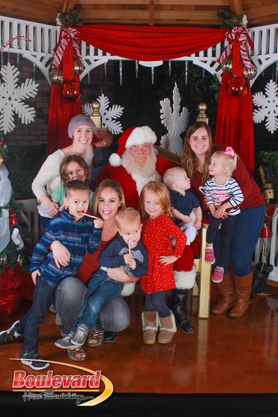 Santa 12-10-16-140.jpg