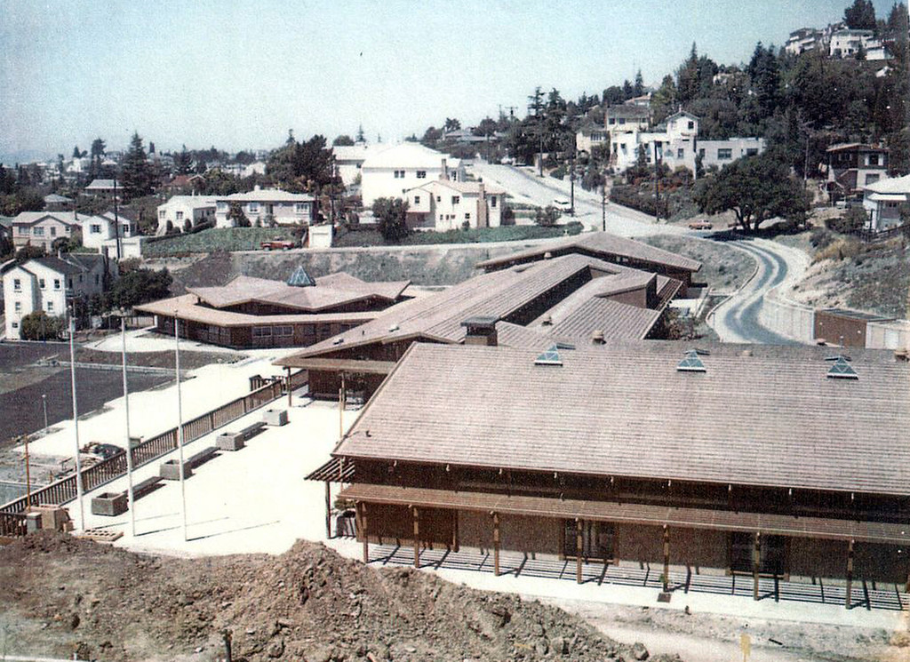 . The Anna Head School moved to its current site on Lincoln Avenue in 1964. Here, the school is under construction. (Head Royce School Archives)