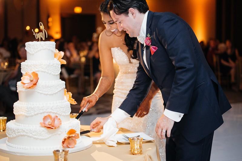 LeCapeWeddings Chicago Photographer - Renu and Ryan - Hilton Oakbrook Hills Indian Wedding -  1021.jpg