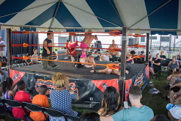 Midget-Wrestling