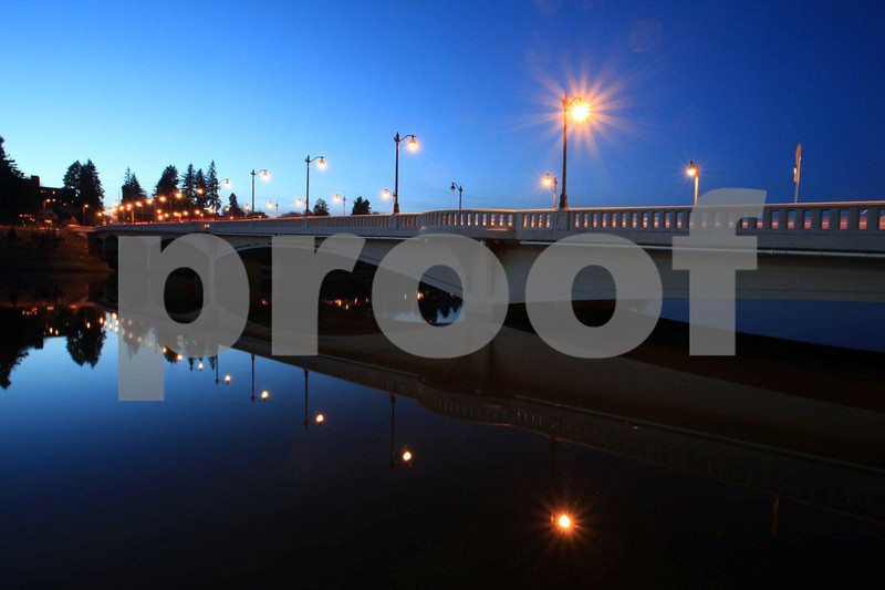 Olympia's 4th Ave. bridge at night.