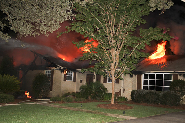 07/28/2016, House Fire with Entrapment on Highpoint Drive [Gulf Breeze]