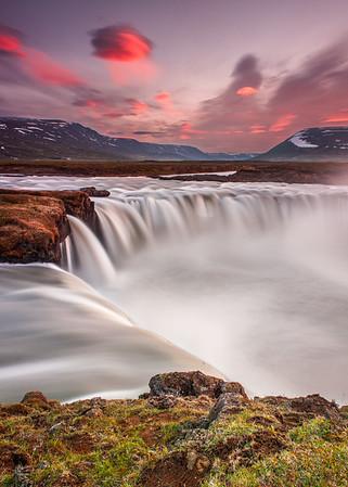 """2017 Iceland Summer """"Midnight Sun"""""""