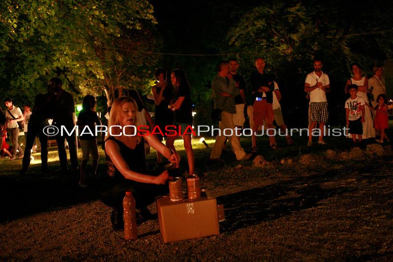 0122-ZooArt-03-2012.jpg