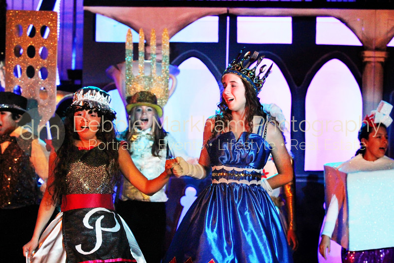 DebbieMarkhamPhotoHigh School Play Beauty and Beast023_.JPG
