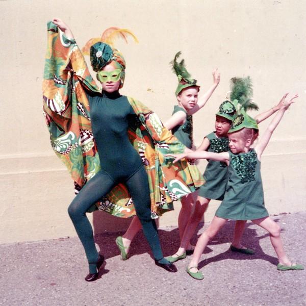 Dance_0928_a.jpg