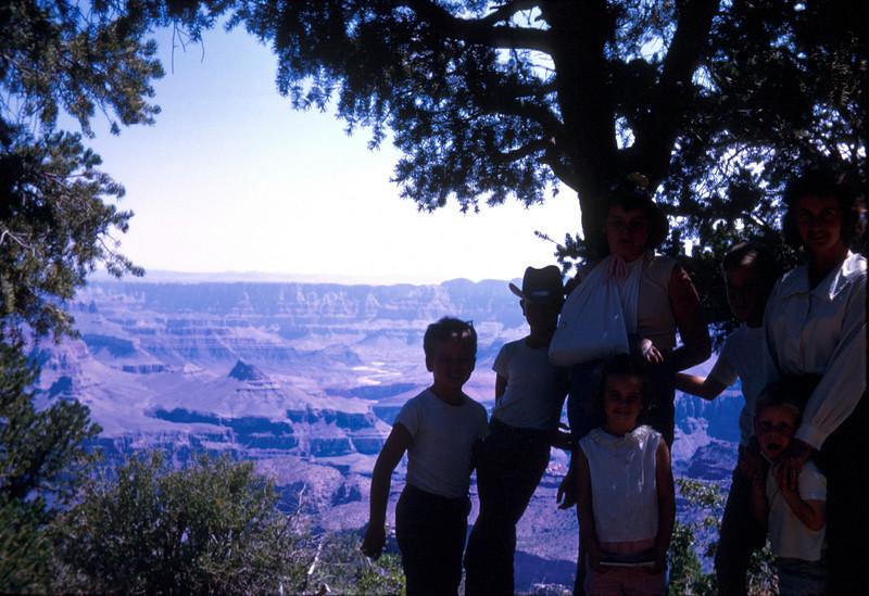 0905 - Family (9-66).jpg