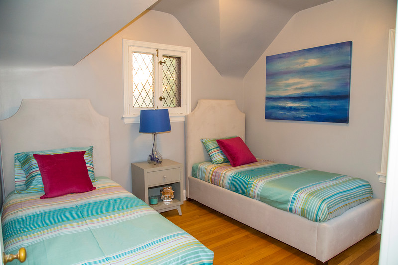 Twin Bedroom #2.jpg