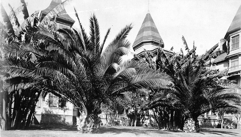 Exterior view of the Bellevue Terrace Hotel on the corner of Sixth Street and Figueroa Street, ca.1889