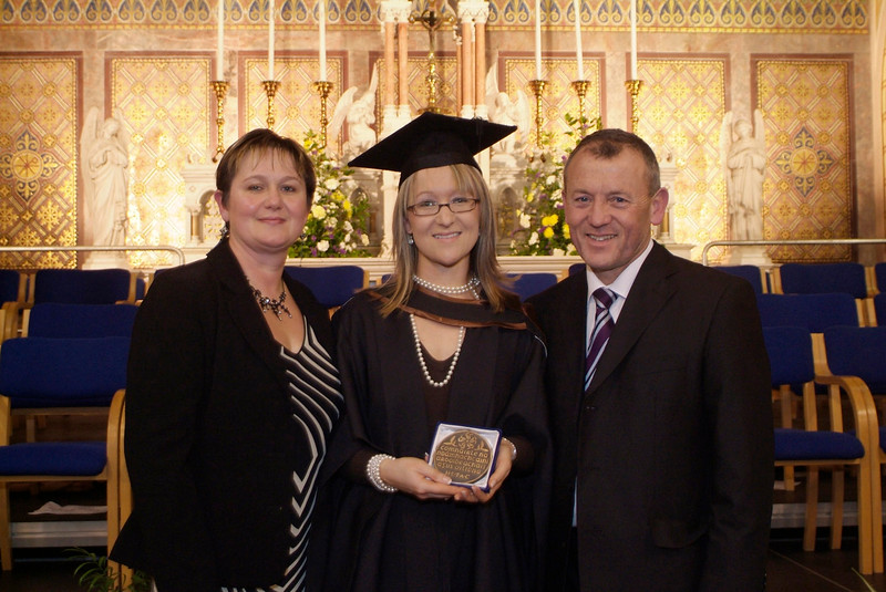 Stephanie Walsh, New Ross, Co. Wexford with her parents  Joyce and Tony after she received the HETAC Student of the Year Award at Waterford Institute of Technology. Stephanie graduated with a BA (Hons) in General and Corporate Administration and is now continuing postgraduate studies in Waterford.