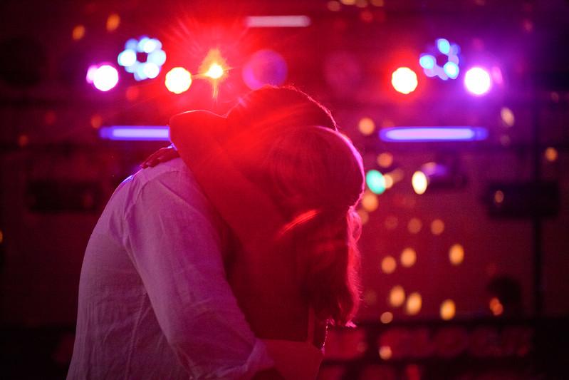 BAPemberton-Jefferson-City-MO-Wedding-Photographer-Meadow-Lake-Country-Club-08052011-13.jpg