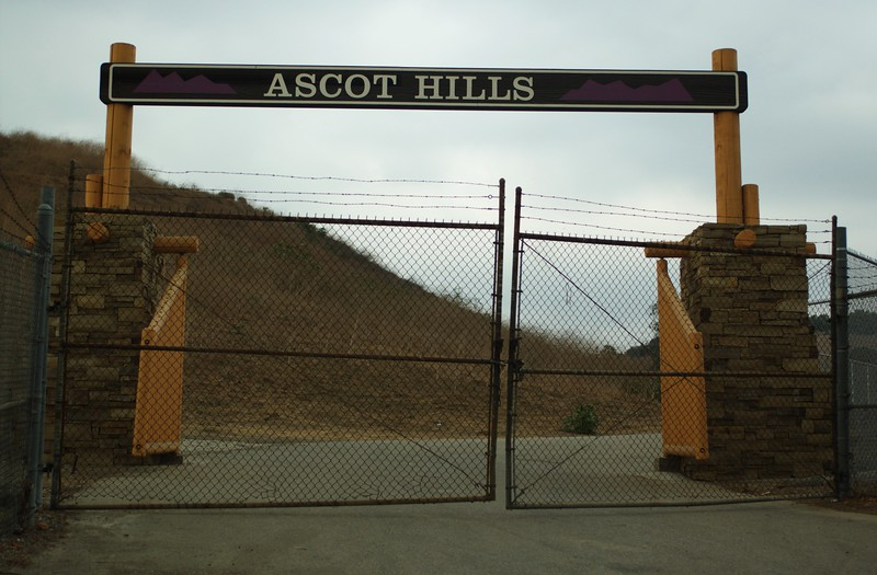 AscotHillsPark002-Entrance-06-10-16.jpg