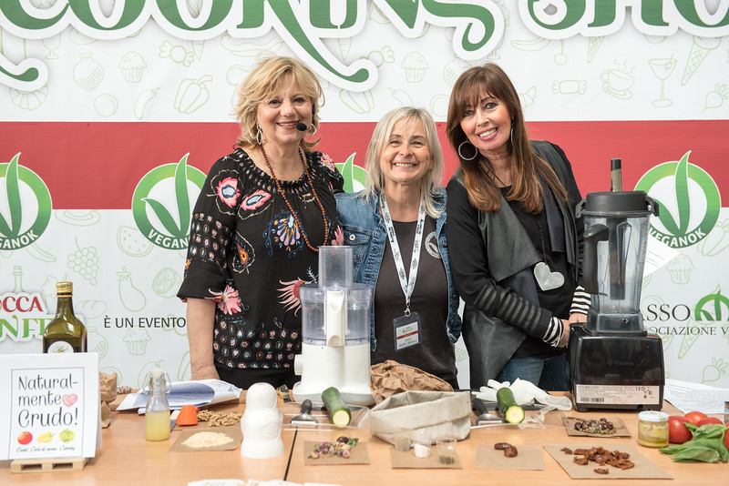 lucca-veganfest-cooking-show-000-a.jpg