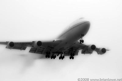 Foggy day LAX Landing 24L & 24R