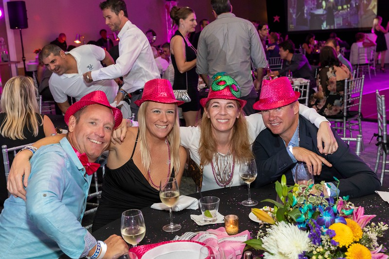 2019_11_Yachtail_Party_00579.jpg