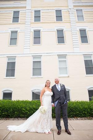 Petoskey Perry Hotel outdoor Wedding Photography Katie Brett