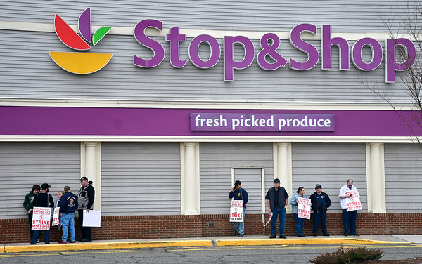 4/11/2019 Mike Orazzi | Staff Striking Stop & Shop workers at the grocery store in Forestville on Thursday.