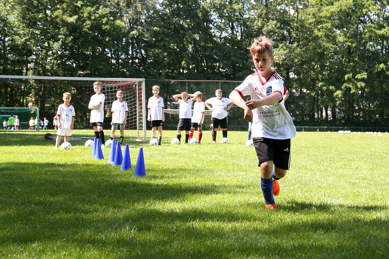hsv_fussballschule-274_48047986553_o.jpg