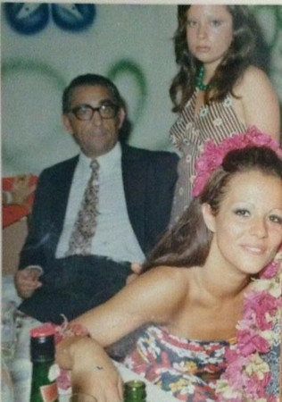 Carnaval Dundo 1968 Botelho e filha Paula, Lena Norberto Guimaraes