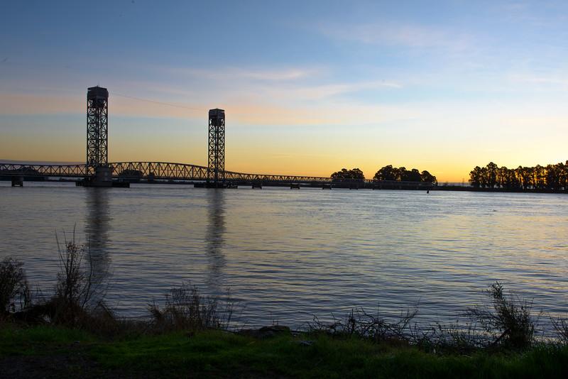 Rio Vista Bridge @ Dawn-0709.jpg