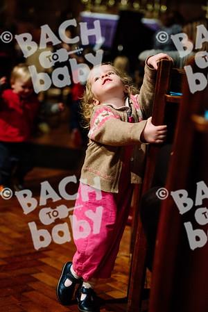 © Bach to Baby 2017_Alejandro Tamagno_Barnes_2017-03-10 003.jpg