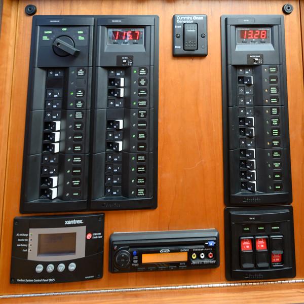 Sabre 48 Bumboat-1158.jpg