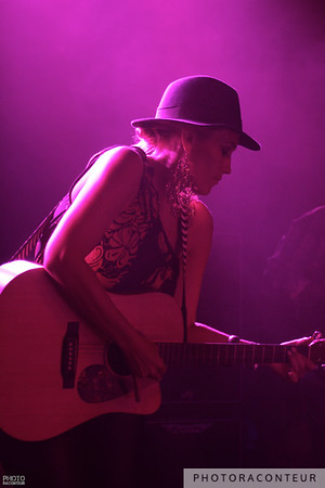 Anuhea performing in Vegas on September 15, 2012  © 2012 Benjamin Padgett, PhotoRaconteur.com