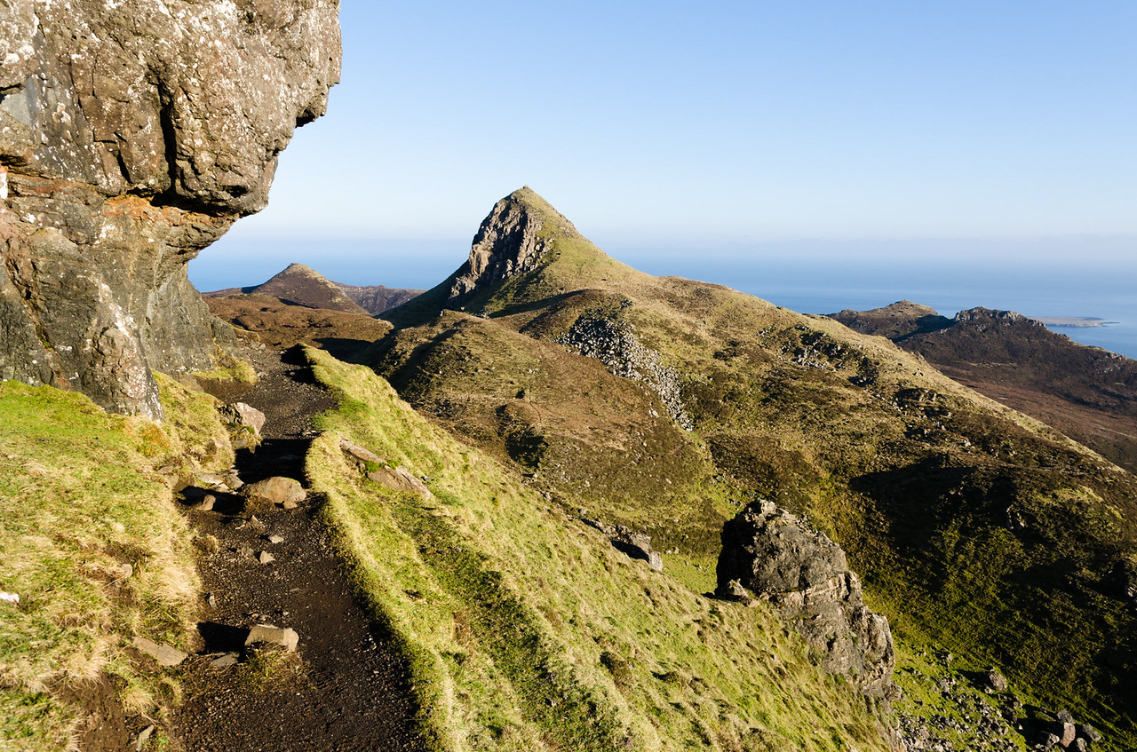 Rocky overhangs | Hiking the Quiraing