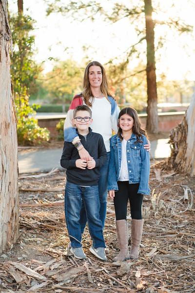 2020 Schneider Family-121.jpg